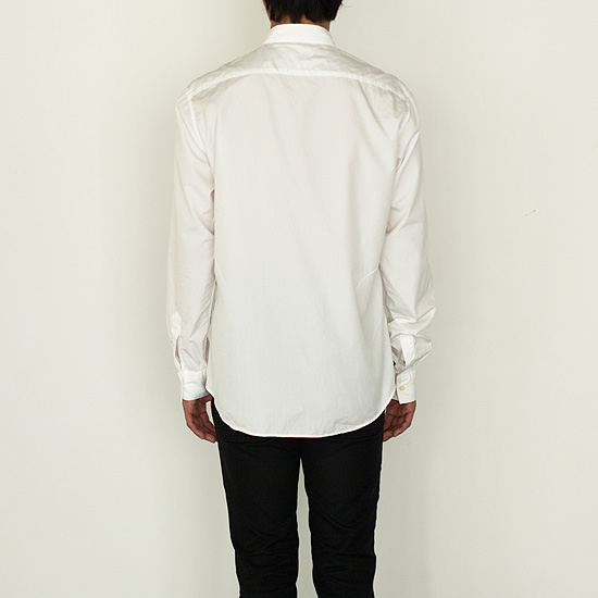 眼鏡やケータイが拭けるYシャツ「wipe shirt」の写真