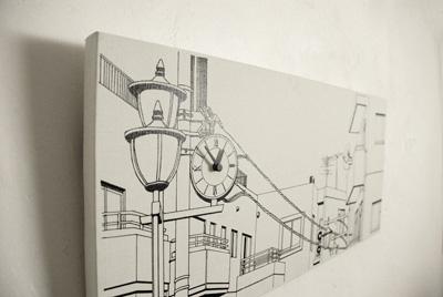 掛け時計「駅前の街並み」斜め