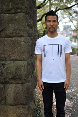 雑貨Tシャツ「ペンとノート」モデル1