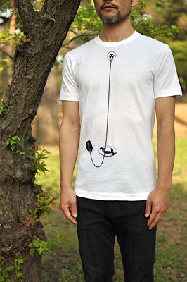 SHIKISAI Alternative T-shirt, Bath Plug, model