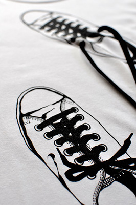 unique art T-shirt [Canvas Shoes]. detail2