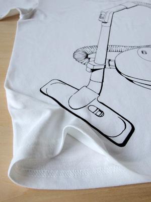 シキサイTシャツ「掃除機」拡大
